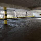 tn_Dirty Indoor Car Park hdri backplate-9856