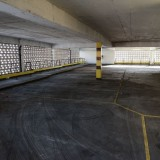 tn_Dirty Indoor Car Park hdri backplate-9877